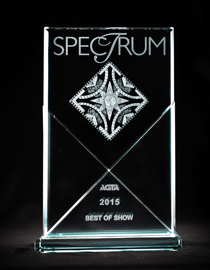Leon Mege Spectrum 2015   Best of Show